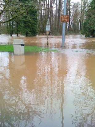 Image of the OTE Santiam rest area being flooded, 2012.